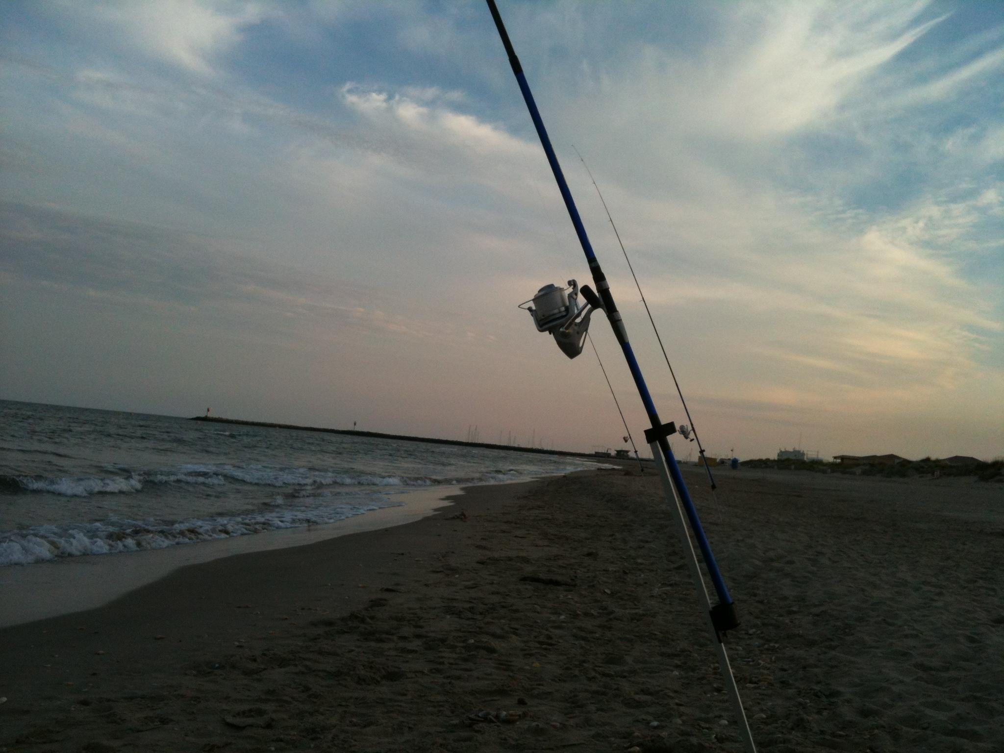 Pêche par mer agitée au mois de juillet
